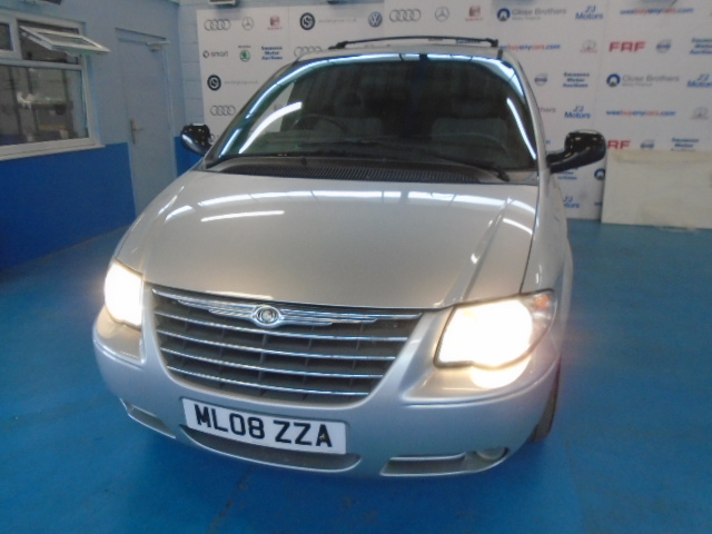 CHRYSLER VOYAGER EXECUTIVE CRD A 150BHP - 2776cc